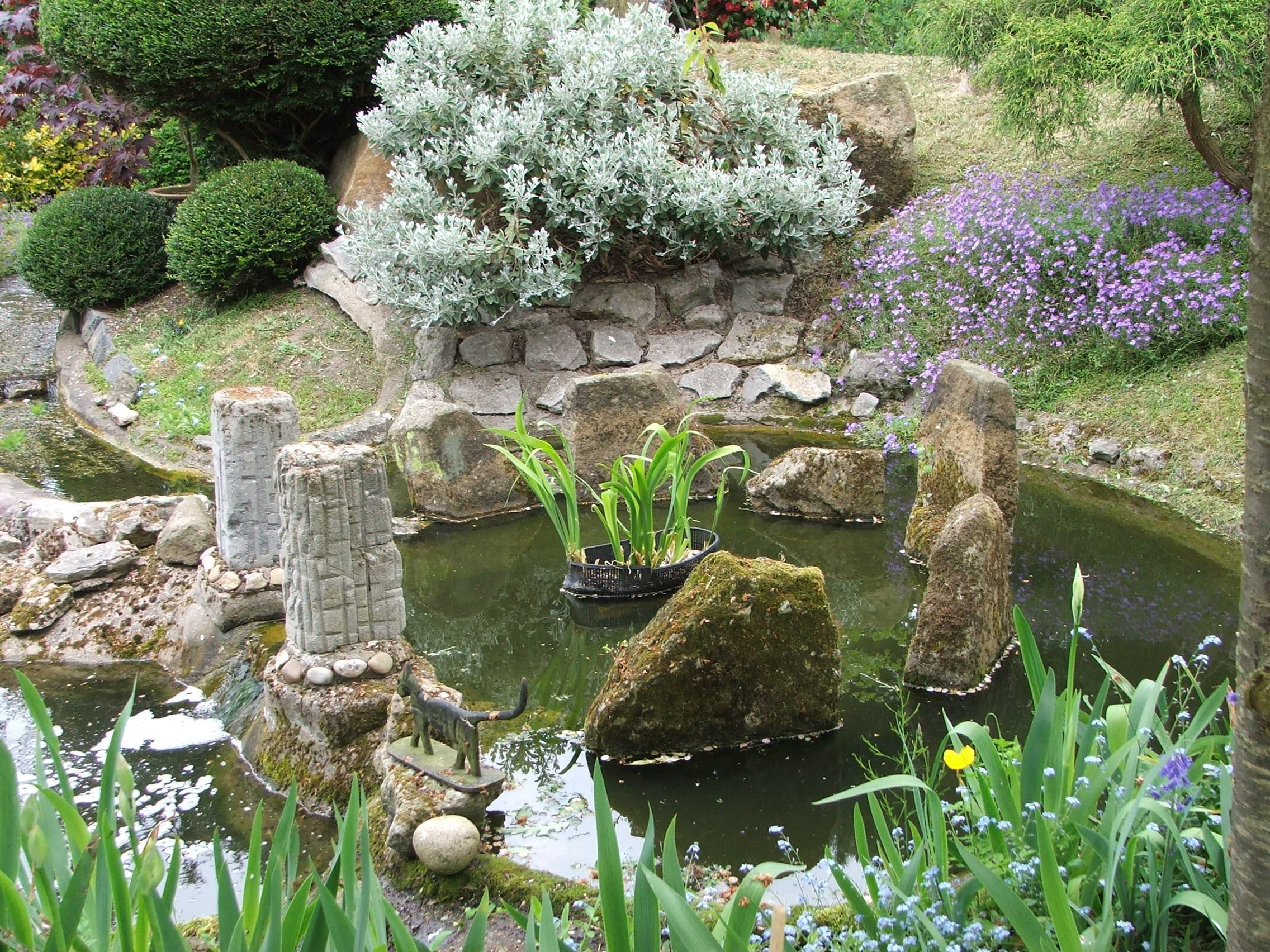 More photo s of the japanese garden at pureland for Japanese garden small space